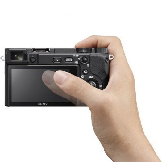 Sony A6400 16-50mm + Aten UC3020 Capture Card